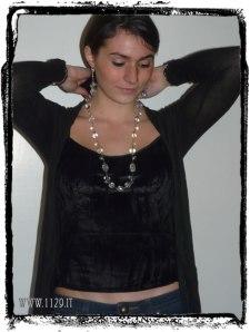 collana hntrlu indossata - click per ingrandire