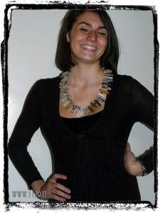 collana indossata - click per ingrandire la foto