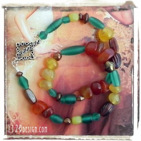 girocollo-pietre-vetro-multicolore