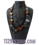 MBAGBM collana blu marrone agata  blue brown agate necklace 1129design indossata