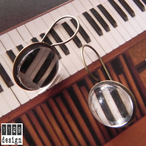 PIANO 03 orecchini bronzo piano organo glass dome piano bronze earrings 1129design